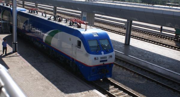 Узбекские железнодорожники с начала года перевезли свыше 9 миллионов пассажиров