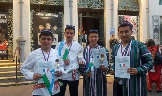 Узбекский ансамбль стал победителем фестиваля LES ETOILES DE PARIS 2018